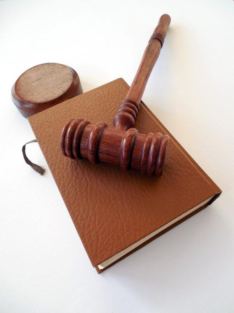 W przypadku rozwodu należy zasięgnąć porady adwokata