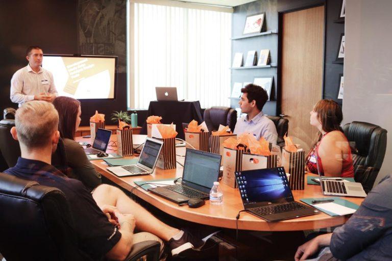 Wiele firm decyduje się z czasem na zmianę biura na większe