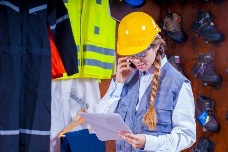 Zaopatrz swoich pracowników w odpowiednią odzież ochronną