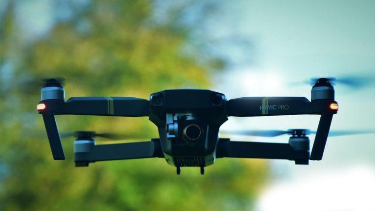 Niezawodna i funkcjonalna ładowarka do dronów